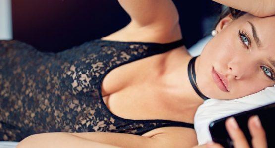 Telefonsex ist eine heiße Alternative zum Besuch im Bordell